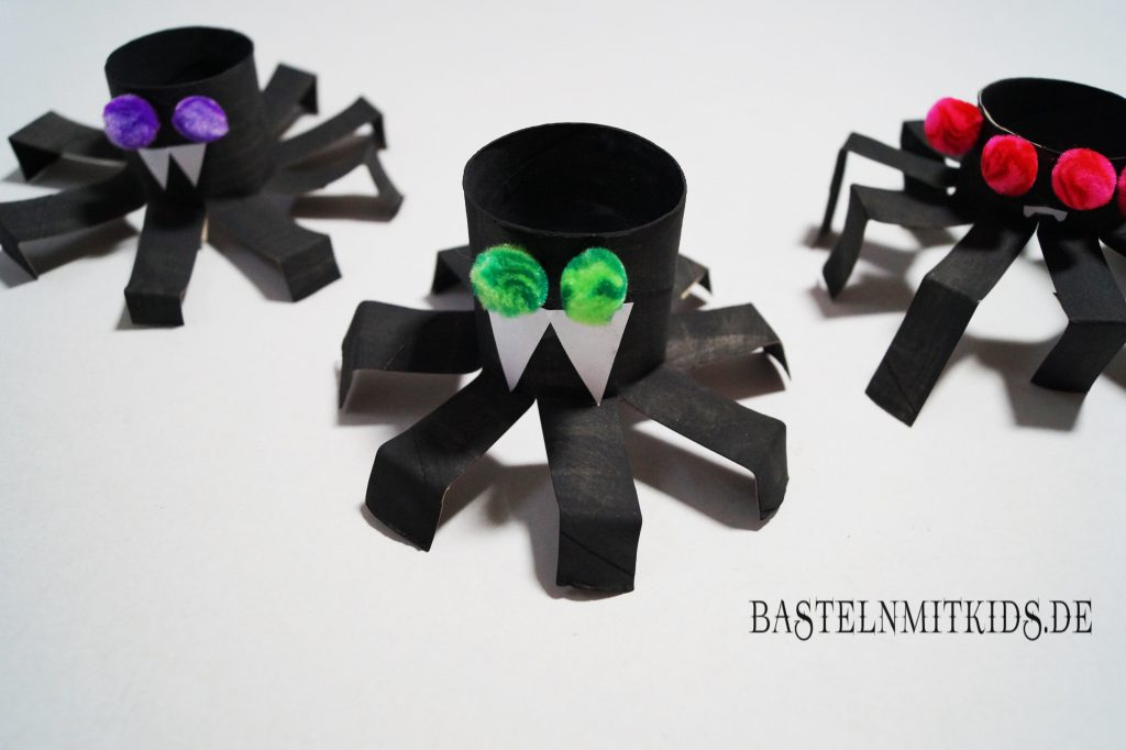 hexe basteln f r halloween basteln mit kindern und. Black Bedroom Furniture Sets. Home Design Ideas