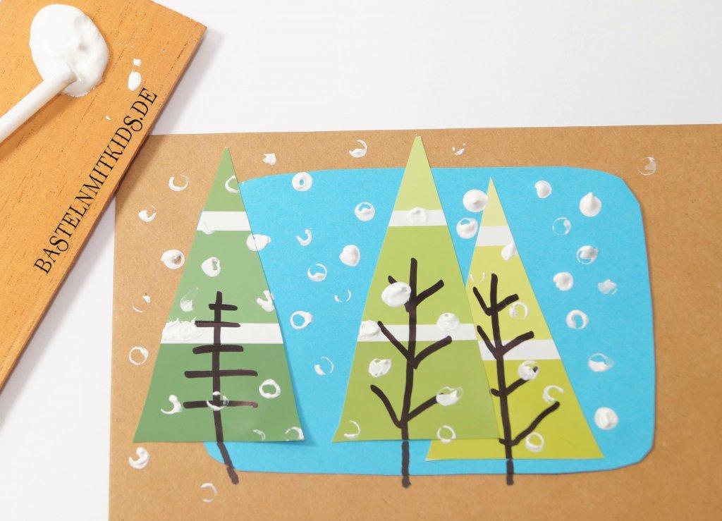 Weihnachtskarten Basteln Grundschule.Weihnachtskarten Basteln Mit Tannenbäumen Bastelnmitkids
