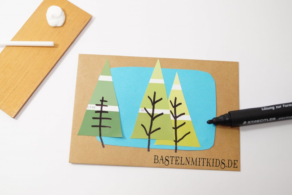 Weihnachtskarten Basteln Tannenbaum.Weihnachtskarten Basteln Mit Tannenbäumen Bastelnmitkids